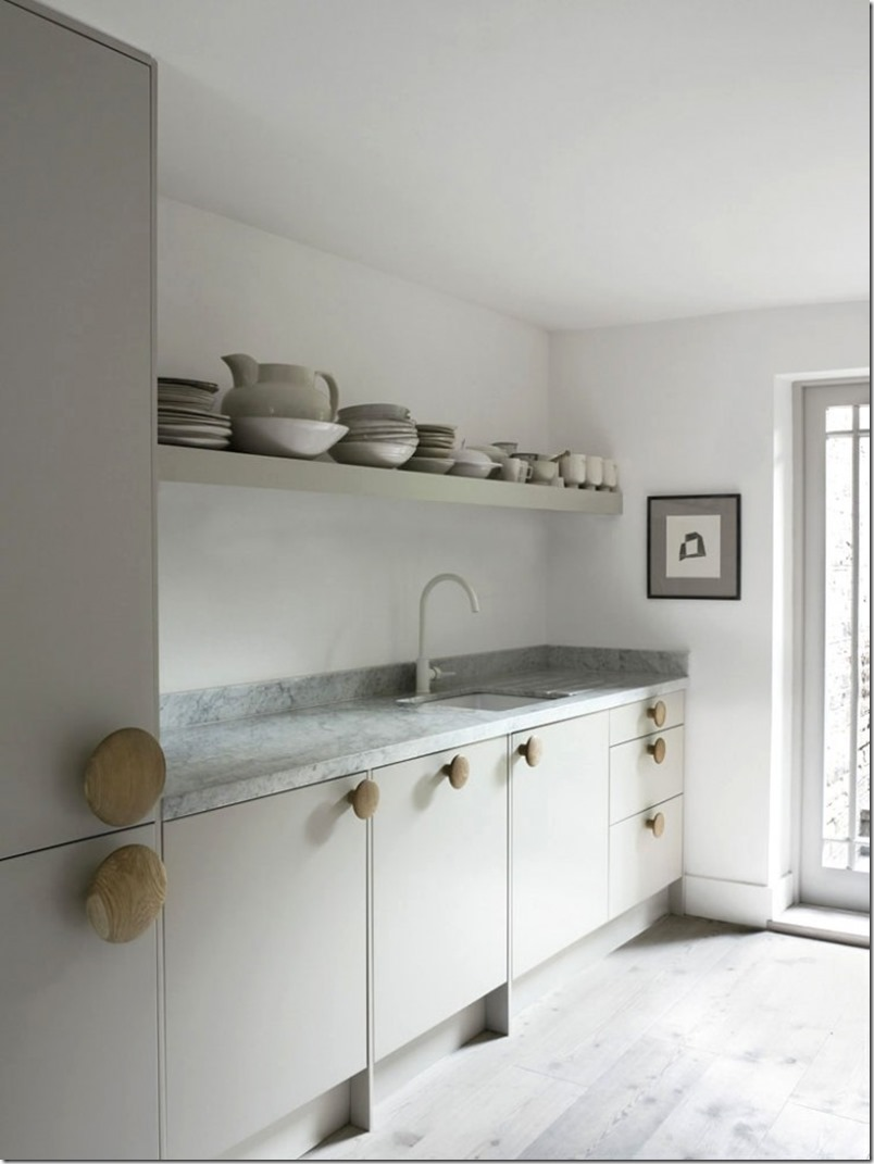 Faye-Toogood-London-Kitchen-Remodelista-10_0